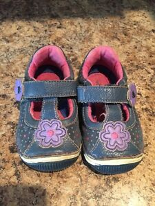 Baby Girl Stride Rite Shoes 4.5