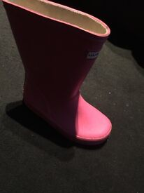 Girls pink hunter Wellies