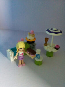 Lego Friends Stephanie's Outdoor Bakery, 95% complete, like new!
