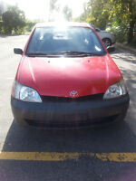 2002 Toyota Echo *** Propre, bas milage - Clean, low milage ***