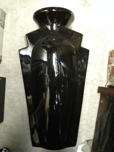 VASES AND CRAFT SUPPLIES