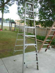 Aluminum 7' step ladder
