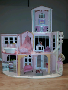 Barbie dollhouse, 3-storey