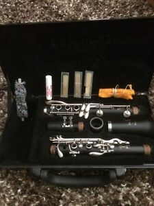 VITO CLARINET in EXCELLENT CONDITION (Excellent Quality Band Ins