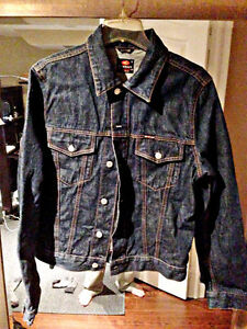 Energie Dark Blue Jean Jacket size L fits S-M used in great cond