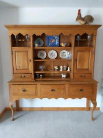 Beautiful pine Dresser