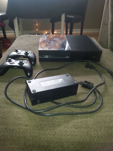 Xbox One 500gb in great condition