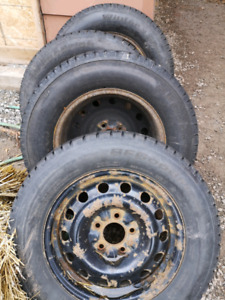 225/60r16 Bfg winter slalom tires and rims