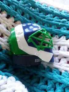 2009 NHL Vancouver Canucks Goalie Mask Regina Regina Area image 5