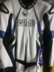 SUIT ALEIN NASS SIZE M