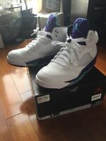 Air Jordan V 5 grapes sz 9