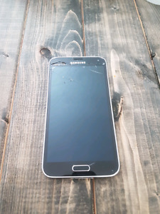 Samsung Galaxy S5 - Cracked back and Screen