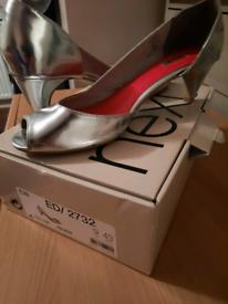 Silver peep toe ladies size 9 shoes