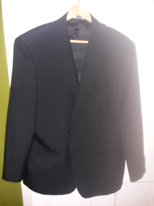 2 men's blazers / suit jackets - Barely worn
