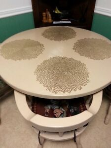 "42"" round table with 4 chairs"