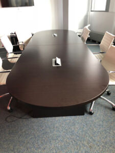 RACETRACK CONFERENCE/BOARDROOM TABLE**IMMEDIATE PICKUP