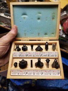 Router bits carbide tipped in wooden case