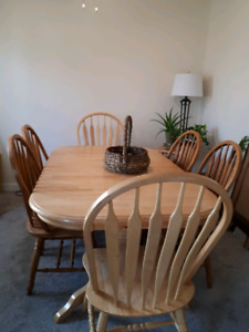 Dinning table + 2 chairs & side table