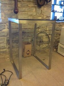 Modern style bar table. Kingston Kingston Area image 2