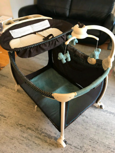 Eddie Bauer Complete Care Playard with bassinet/ change table