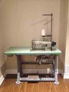 JUKI DDL-555-4 Industrial Sewing Machine