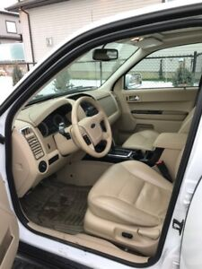 2008 Ford Escape XLT Fully loaded ( First Owner )