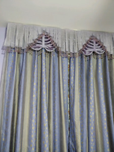 Curtains & chandeliers