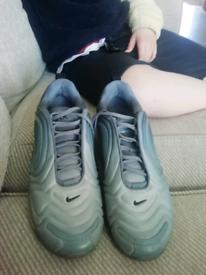 Trainers 7.5 Nike 720