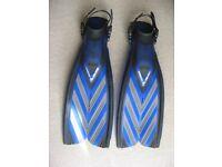 Scuba Pro Fins and Boots ,size M-L