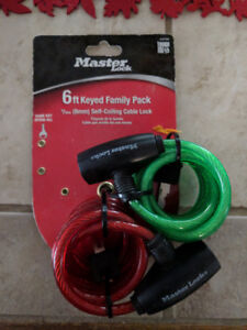 Green and Red coiled locks, $10