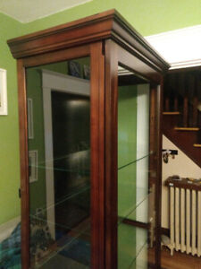 Locking, cherrywood display cabinet with glass shelving