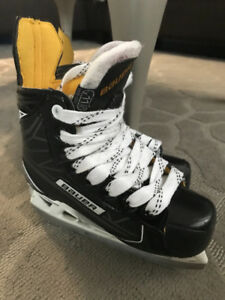 Bauer Supreme s160 Youth skates sz11.5