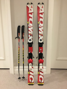 ATOMIC Race 8 Skis with Poles - 120cm skis