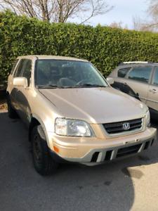 Honda CR-V 1999 - pour pièces seulement