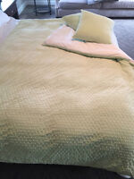 Price Reduced - Beautiful, Soft Duvet, Cover & pillows