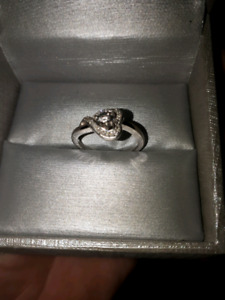 Heart Shaped Promise Ring Size 5.5