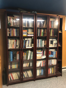 4 bibliothèques a vendre  ( Ikea-Billy)
