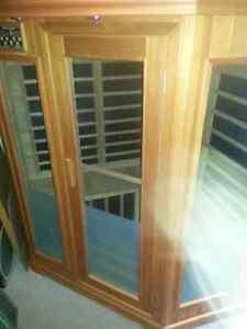 Deluxe infrared corner sauna room West Island Greater Montréal image 4