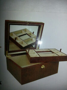 Tradition jewellery chests/boxes