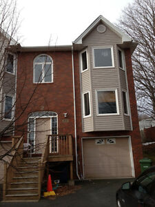 Large Townhouse available Sept 1