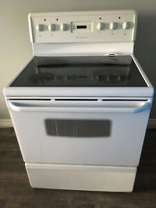 Frigidaire Glass Top Stove (Good Condition)