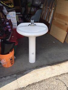 Sink Pedestal & addition pedestals