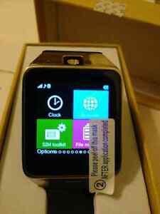 Samsung Gear looking Smart Watch/phone NEW Edmonton Edmonton Area image 4