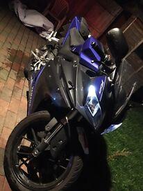 ! YAMAHA YZF R125 64 PLATE LOW MILEAGE 125CC MOTORBIKE !! not 50cc gilera cbr moped rs125 ktm