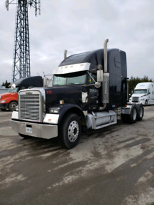 2003 freightliner classic Truck for sale