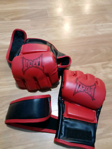 TapouT Elite MMA Striking Training Gloves