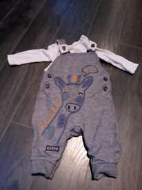 Baby boy outfit bundle 0-3 Months, seven outfits