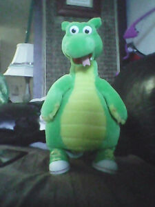 Price reduced.!!! 1995 Dudley the Dragon