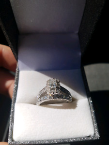 Engagement and wedding band - Appraised at $7160