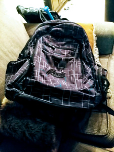 Like New Roots Backpack for Men/Woman or Youth/Older Child